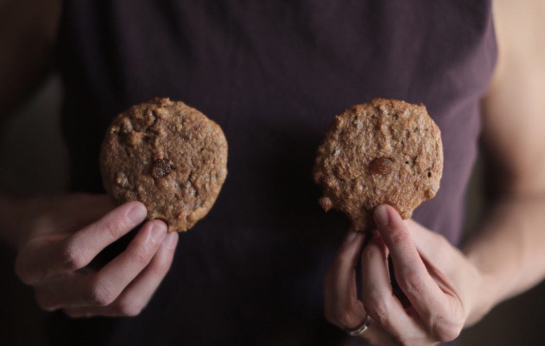 Healthy Breastfeeding Cookies to Boost Milk Supply